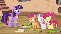 CMC apologizing to Twilight S4E15