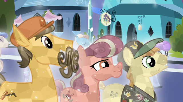 File:Crystal Ponies crystallized S6E2.png