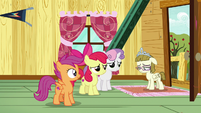 Cutie Mark Crusaders listening to Zipporwhill S7E6