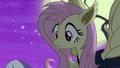 Flutterbat notices the ponies' fear S5E21.png
