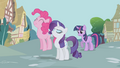 Pinkie Pie Rarity Twilight discussing the tickets S1E3.png