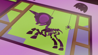 Pony skeleton decal in window S5E21