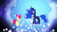 Princess Luna speaking with Apple Bloom S5E4