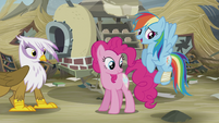 Rainbow and Pinkie's cutie marks glow again S5E8