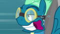 Sky Stinger looking bored on the Dizzitron S6E24.png