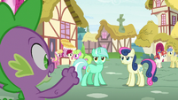 Spike happy to see Lyra and Sweetie Drops arguing S7E15