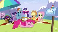 Twilight 'Pinkie Pie' S3E7