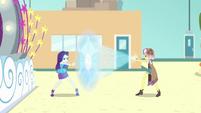 Vignette turns Rarity's shield to code EGROF