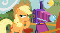 Applejack in deep thought S03E08