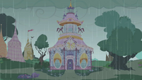 Carousel Boutique rainy exterior S1E03