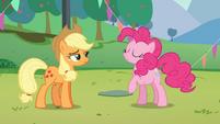 Pinkie Pie Pose de Diva S5E24