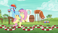 Rainbow Dash harshly coaching Fluttershy S6E18
