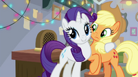 Rarity comes up with an idea for Applejack BGES3