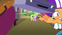 Scootaloo collides with train luggage S8E6