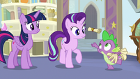 Spike catching a scroll in his hand S9E20