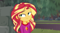 Sunset rolling her eyes at Applejack CYOE11a
