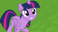 Twilight smiling with excitement S8E24