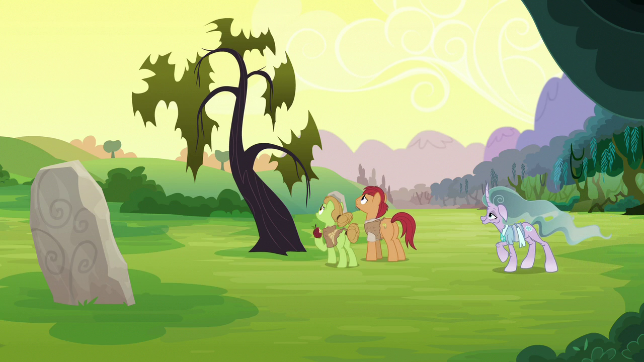 Image - Apple farmer ponies in front of a dead tree S7E16.png | My ...