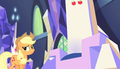 Applejack approaches her throne S5E1.png