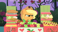 Applejack insulted by Prince Blueblood S1E26