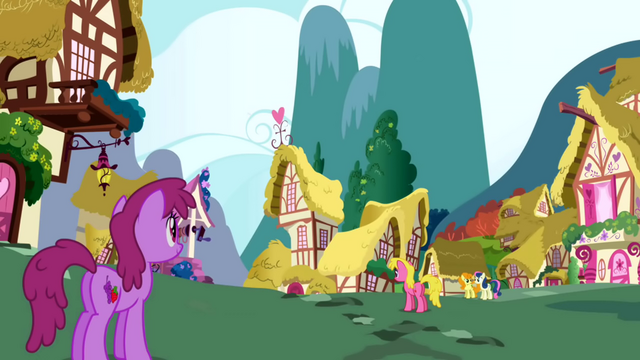 Файл:Berryshine along with other ponies walking around Ponyville S1E01.png