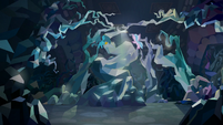 Gallus and Silverstream at cave entrance S8E22