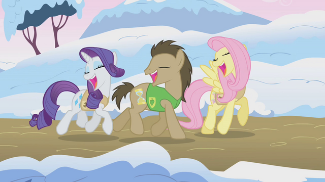 File:Ponies singing Winter Wrap Up S1E11.png