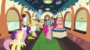 S02E24 Podejrzliwa Pinkie