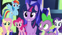 Twilight and her friends offer to help S8E24