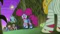 Big Mac appears behind the main cast S5E21.png