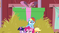 Gift box rising up behind Mane Six BGES2