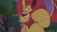 Manticore looking at its paw S1E02
