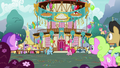 Pinkie and RD surrounded by staring ponies S7E23.png