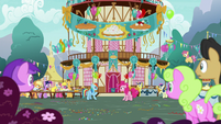Pinkie and RD surrounded by staring ponies S7E23