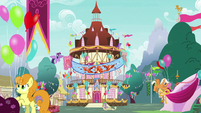 Ponyville decorated for Flame of Friendship party S7E15