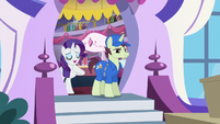 Rarity voices her appreciation S5E15