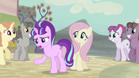 "Starlight ""dissatisfied with the village life!"" S5E02"