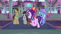 Starlight trots past remaining candidates S9E20