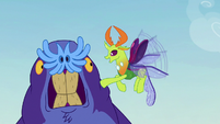 Thorax -why are you hitting yourself-- S7E17