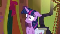 Twilight Sparkle in a nervous sweat S9E5