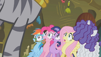Zecora stands up to Twilight and friends S1E09