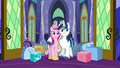 Cadance and Shining Armor arrive S5E19.png