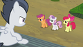 Cutie Mark Crusaders apologizing to Rumble S7E21.png