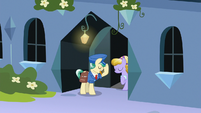 Mail Pony and Sapphire Joy nod to each other S8E8