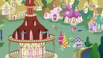 Pinkie Pie chases Cranky Doodle across Ponyville S02E18