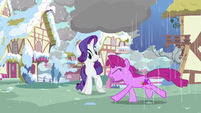 Rarity seeing rain trouble S3E13