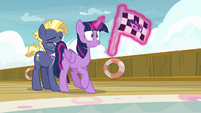 Twilight Sparkle backs up into Star Tracker S7E22