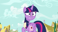 Twilight gets hit by more confections S7E14