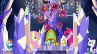 Twilight levitating books over the Cutie Map S7E25