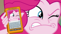 Pinkie imitating photo's ridiculous face EGFF